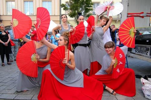 Trường múa quạt/ Szkoła Wachlarzy